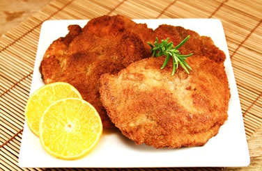 wiener schnitzel mit pommes frites rezept mit bild und video. Black Bedroom Furniture Sets. Home Design Ideas
