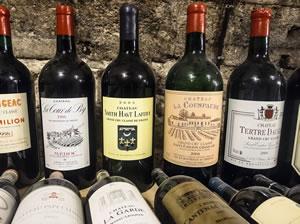 Die Angaben auf einer Weinflasche